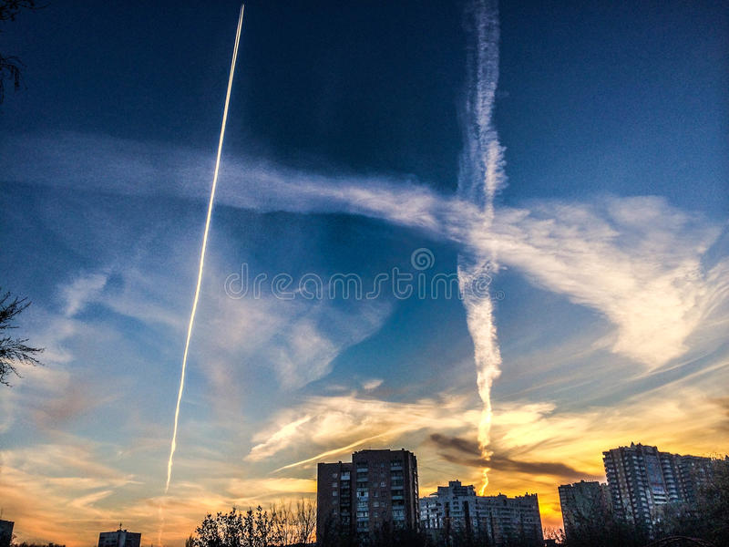 Modo in cielo fotografie stock