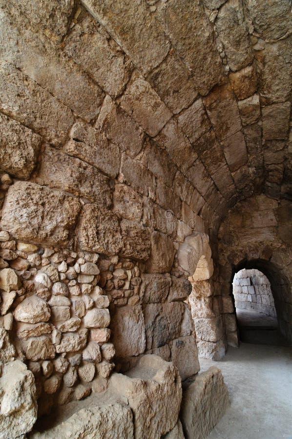Modo coperto in amphitheater in Beit Guvrin immagini stock libere da diritti