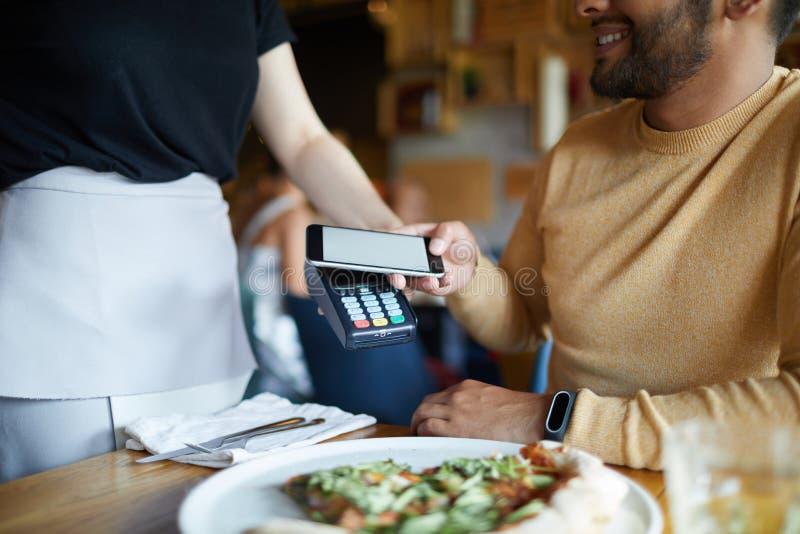 Modo del pagamento moderno immagini stock libere da diritti