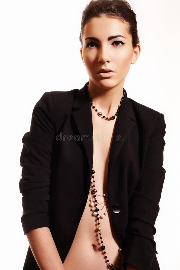 Modo, trucco. Modello della donna in costume dell'ufficio     fotografia stock libera da diritti