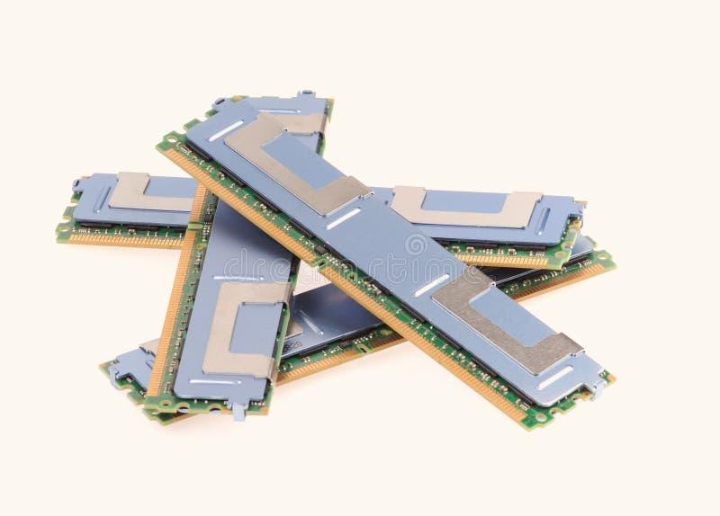 Moduły pamięci komputera na białym tle zdjęcia royalty free