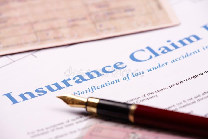 Modulo di reclamo in bianco di assicurazione immagini stock