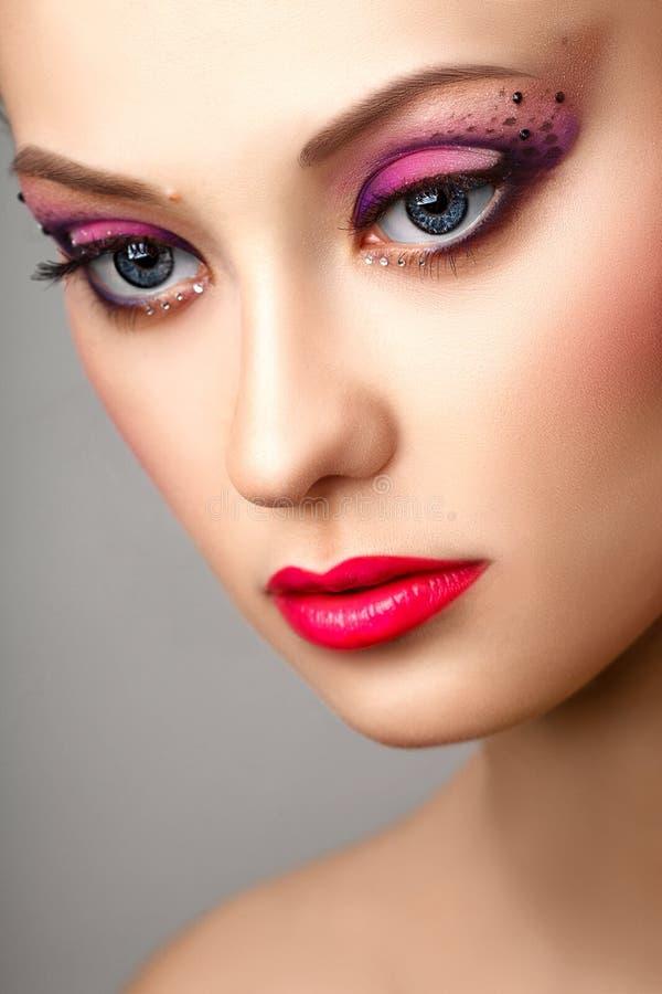 Mody blondynki modela portreta profesjonalisty makeup obraz royalty free