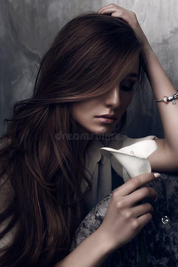 Mody fotografia młoda wspaniała kobieta tła dziewczyny target321_0_ woda Pracowniana fotografia fotografia royalty free