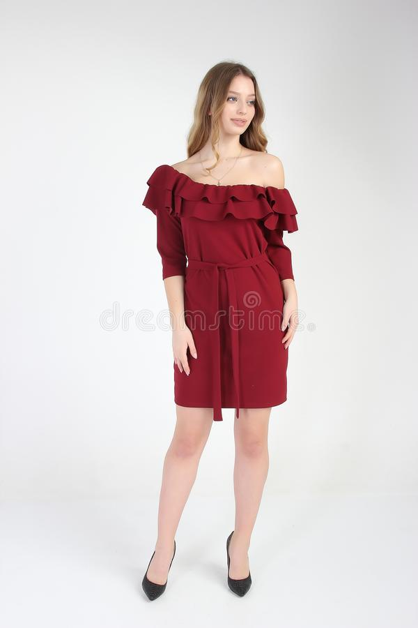 Mody fotografia młody piękny kobieta model w sukni zdjęcia royalty free