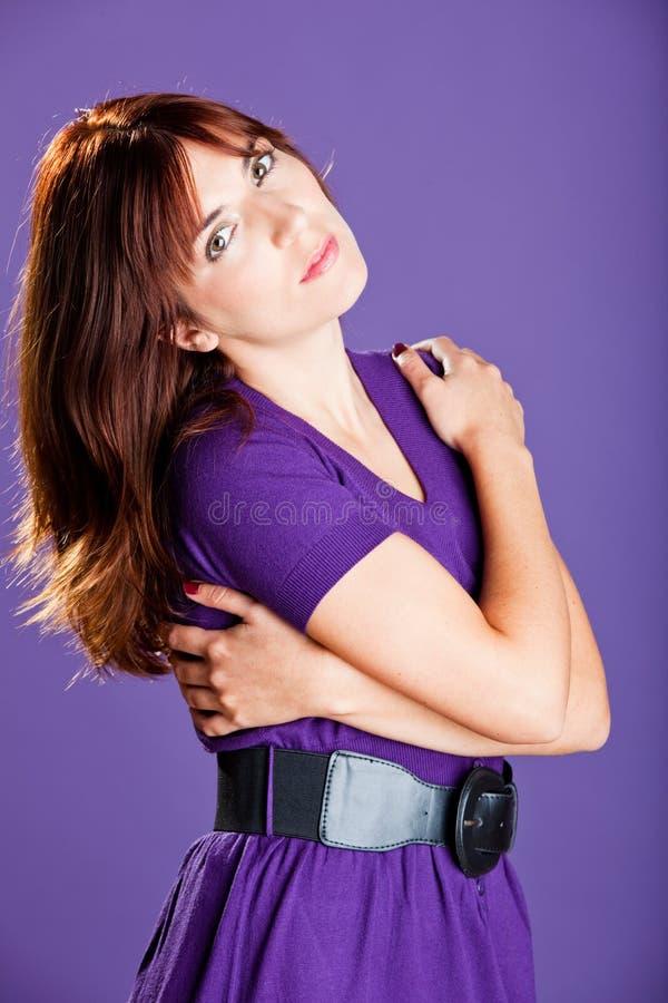 Download Mody kobieta zdjęcie stock. Obraz złożonej z patrzeje - 13342902