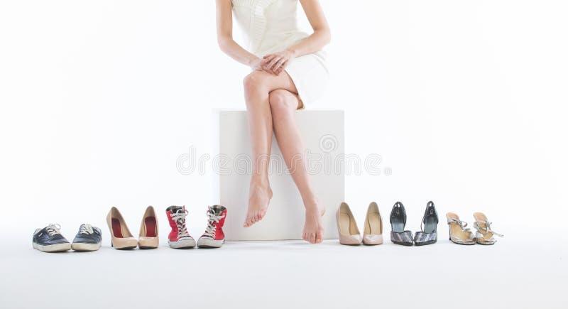 mody kobieta iść na piechotę buty obraz stock
