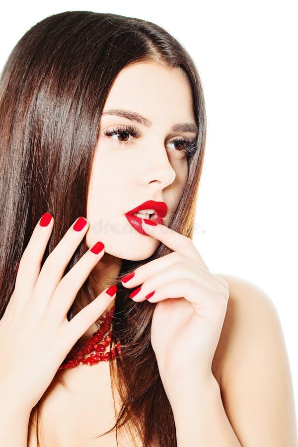 Mody kobieta z Czerwonymi gwoździami śliczny manicure zdjęcie stock