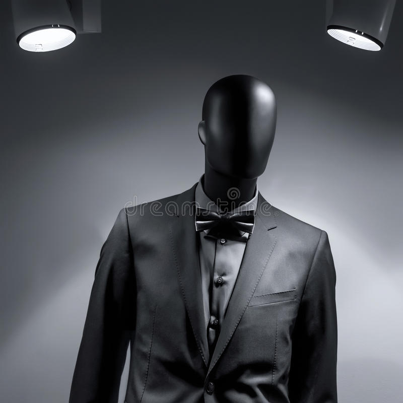 Mody mannequin w czarnym kostiumu zdjęcie stock