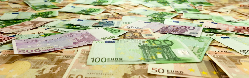 Moeda de papel III do Euro europeu foto de stock royalty free