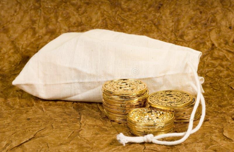 Moedas de ouro imagem de stock royalty free