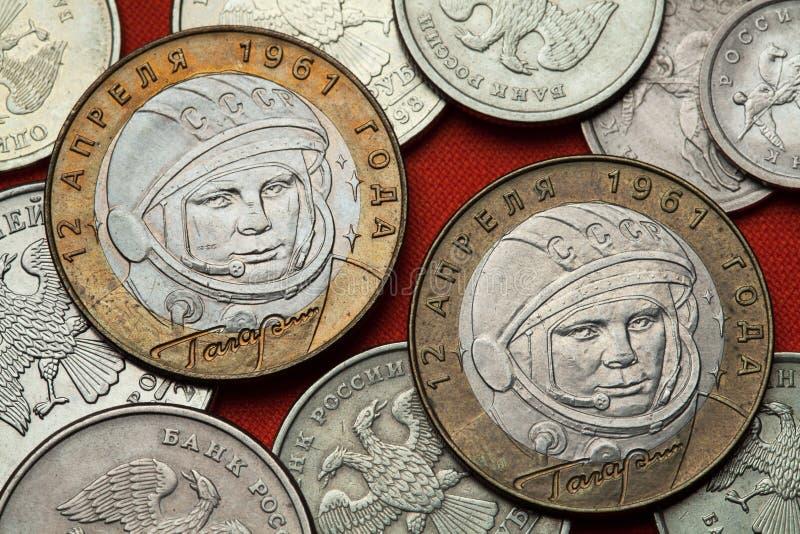 Moedas de Rússia Yuri Gagarin fotografia de stock royalty free