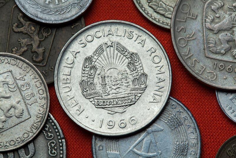 Moedas de Romênia comunista imagem de stock