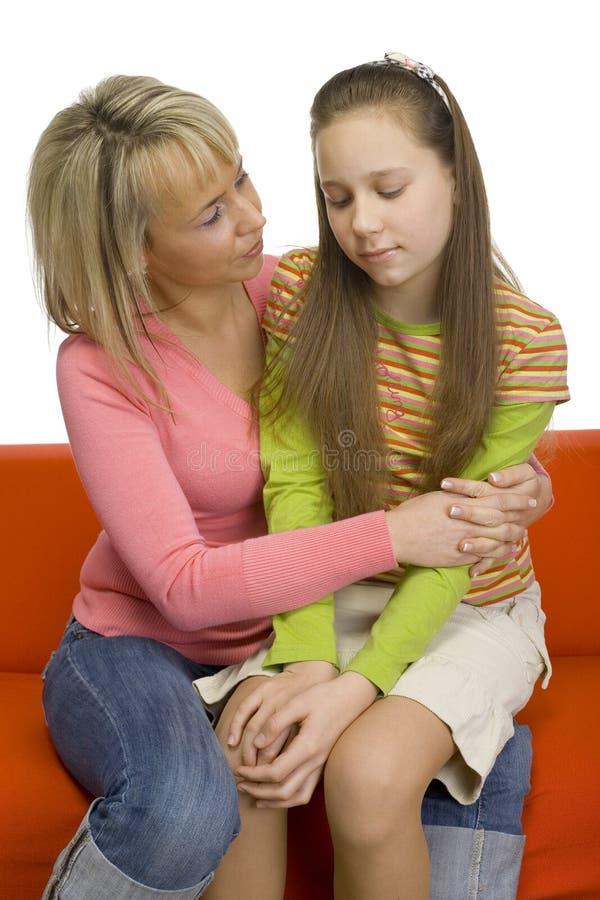 Moeder-dochter gesprek stock afbeelding