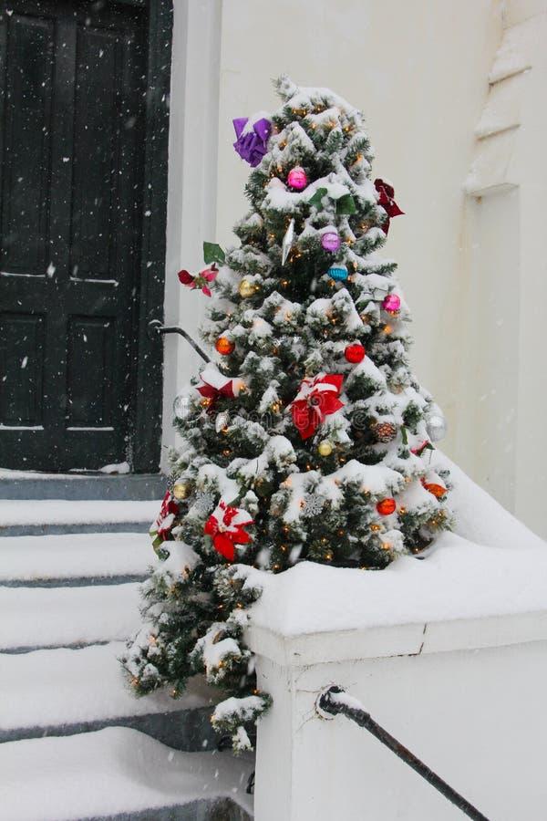 Moeder Emmanuel Church Christmas Tree stock fotografie