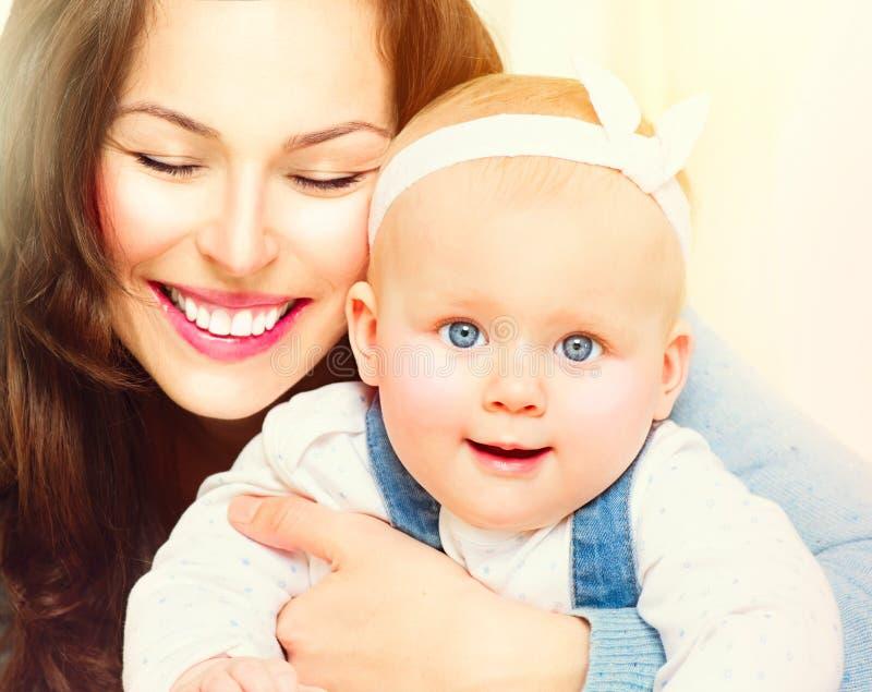 Moeder en baby samen royalty-vrije stock foto's