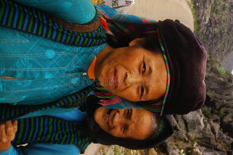 Moeder en dochter van Witte etnische Hmong royalty-vrije stock foto's