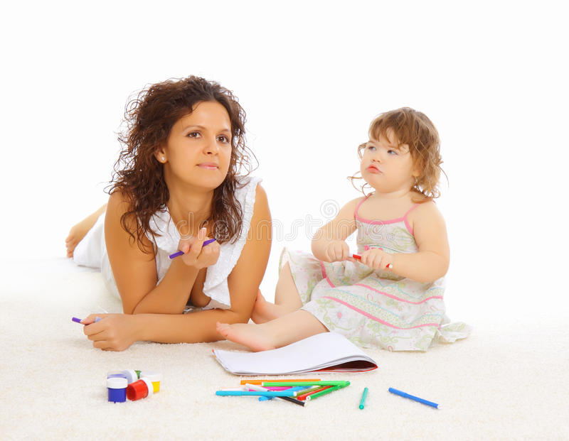 Moeder en haar weinig dochter royalty-vrije stock fotografie