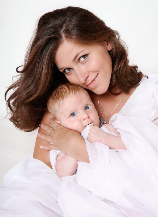Moeder en zoon stock afbeelding