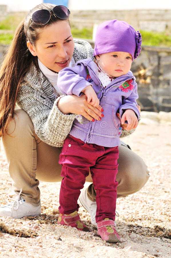 Moeder met babymeisje stock afbeelding