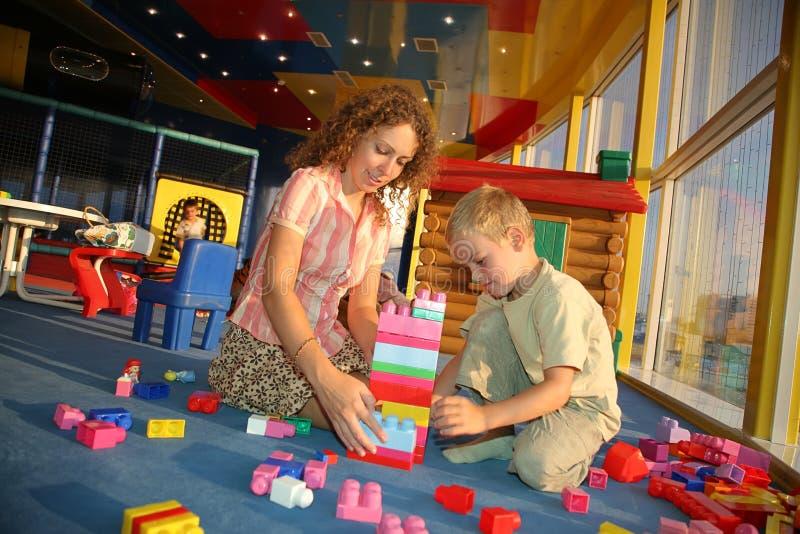 Moeder met de zoon royalty-vrije stock foto's