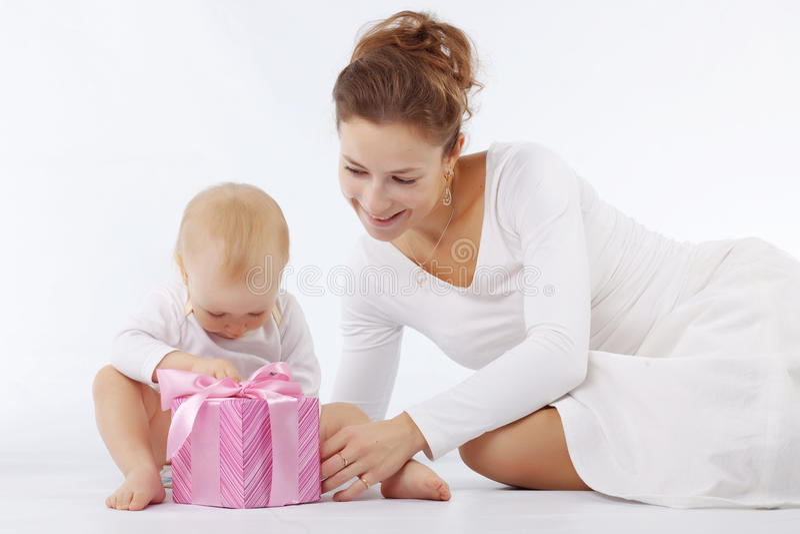 Moeder met haar kind royalty-vrije stock afbeelding