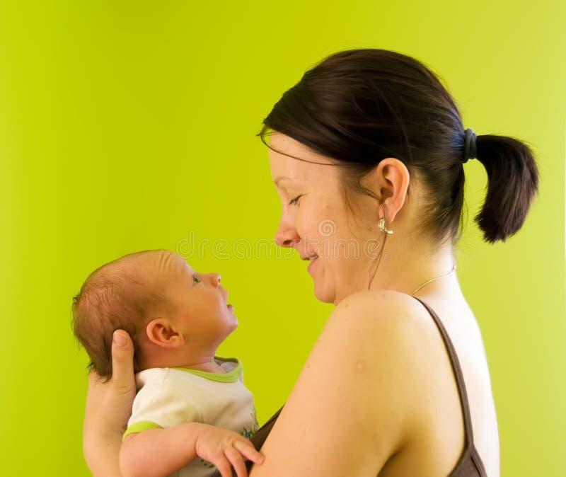 Moeder met pasgeboren stock afbeeldingen