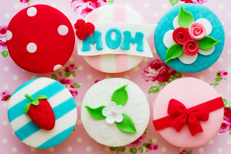 Moederdag cupcakes stock fotografie