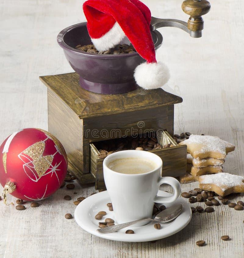 Moedor de café do Natal fotografia de stock