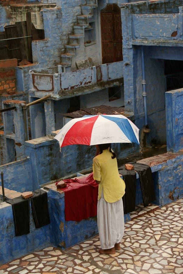 Moesson in India, blauwe stad Jodhpur stock foto's