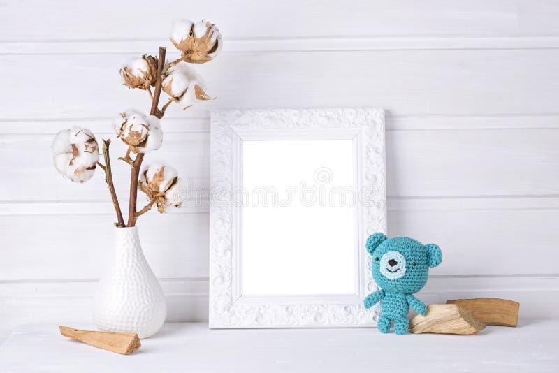Mofa del blanco encima del marco foto de archivo