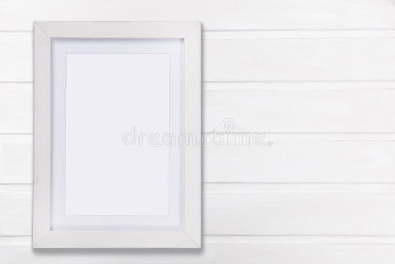 Mofa del blanco encima del marco fotografía de archivo libre de regalías
