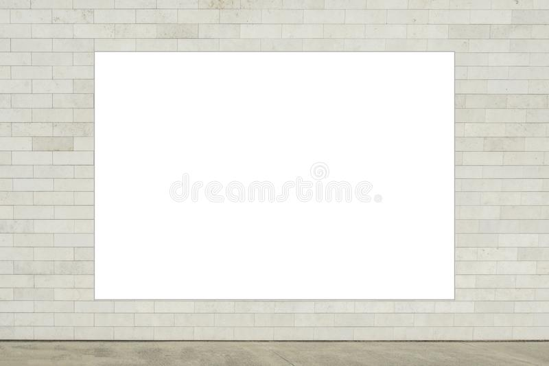 Mofa para arriba Cartelera vertical en blanco, marco del cartel, haciendo publicidad en el pared imagenes de archivo