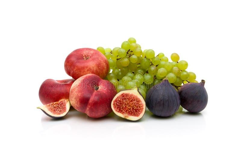 mogen frukt som isoleras på vit bakgrund royaltyfri foto
