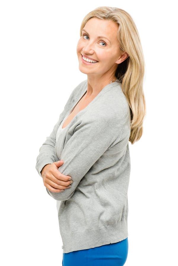Mogen kvinna med verkligt lyckligt för kropp som isoleras på vit bakgrund arkivfoto