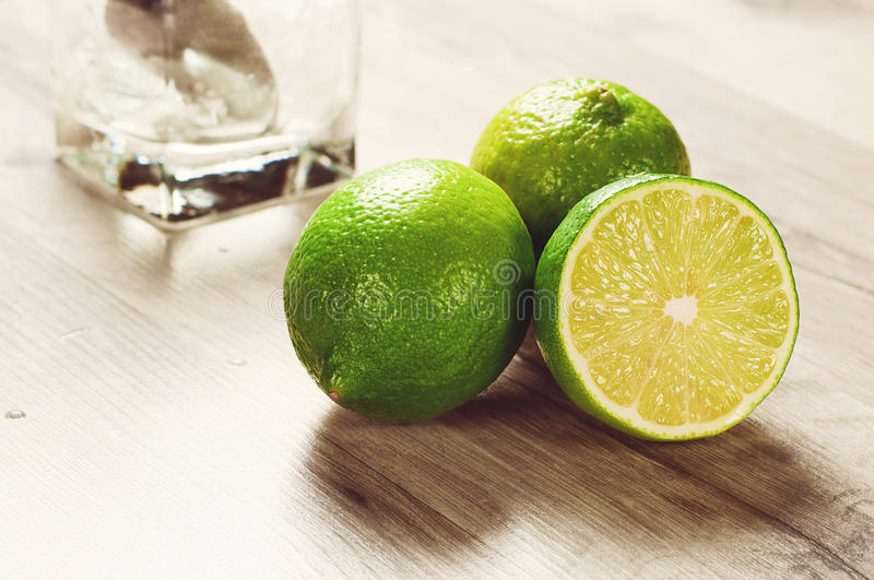 mogen limefrukt royaltyfri foto