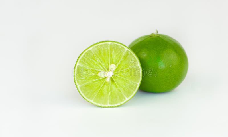 mogen ny limefrukt bakgrund isolerad white royaltyfri fotografi