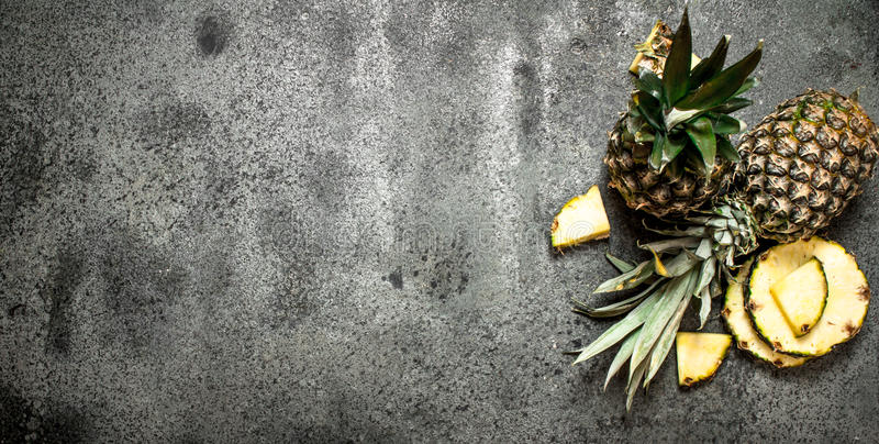 mogna ananas arkivbild