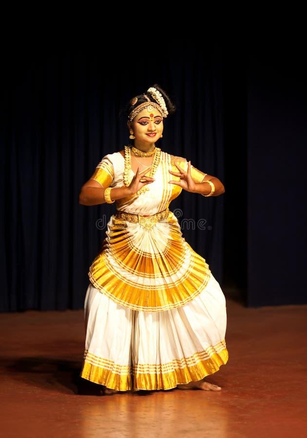 Mohiniyattam klasyczny taniec w Kerala, Południowy India zdjęcia royalty free