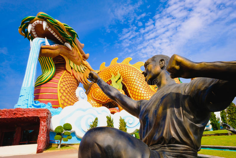 Moine de guerriers de Shaolin au musée de public de descendants de dragon photo libre de droits