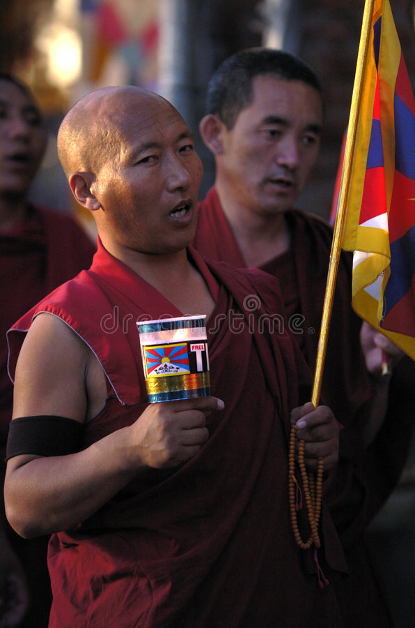 moines tibétains images stock