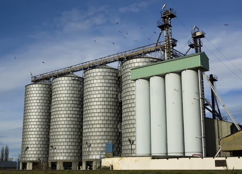 Moinho de farinha moderno imagens de stock royalty free