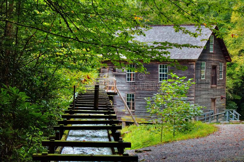 Moinho de Great Smoky Mountains Mingus foto de stock