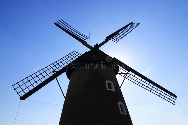 Download Moinho de vento foto de stock. Imagem de rustic, esboço - 12800264