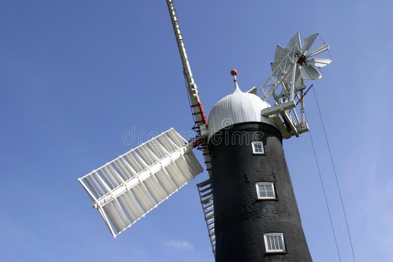 Moinho de vento de 6955 Skidby perto da casca, Humberside, Inglaterra imagens de stock