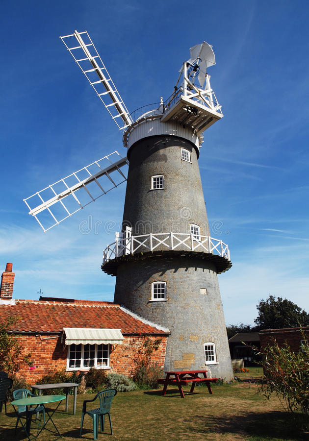 Moinho de vento de Bircham & loja do chá fotos de stock royalty free