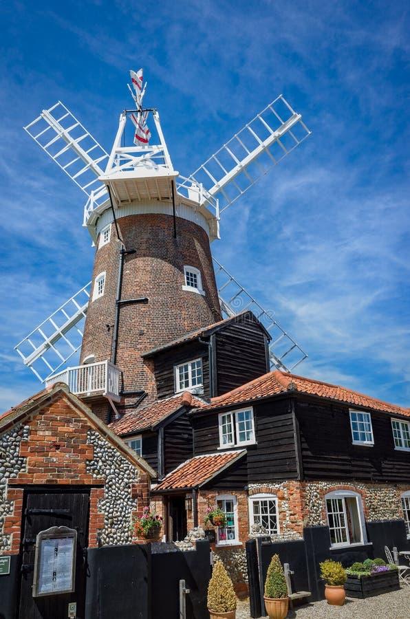 Moinho de vento de Cley em Norfolk, Inglaterra fotografia de stock