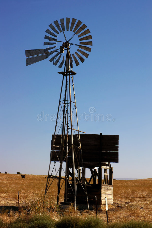 Moinho de vento do rancho imagens de stock royalty free