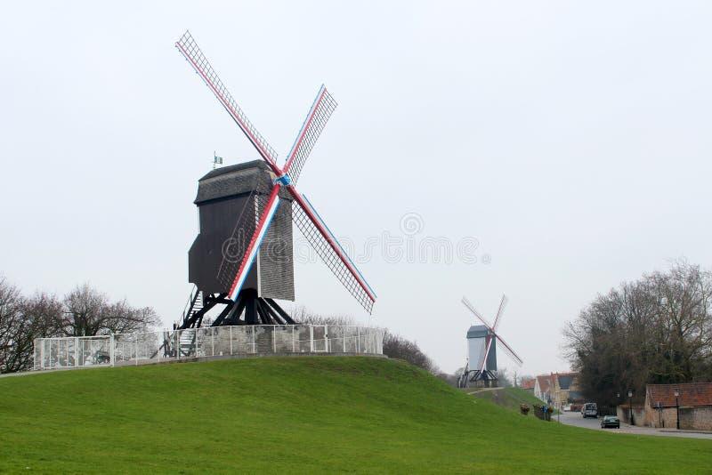 Moinho de vento em Bruges, Bélgica imagens de stock royalty free