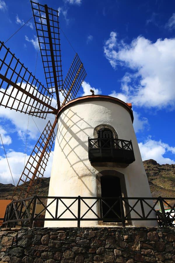 Moinho de vento em Gran Canaria fotos de stock